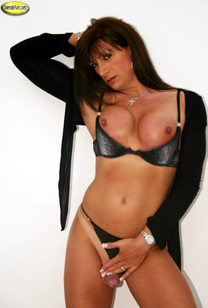 Joanne Lloyd on Shemale Yum!