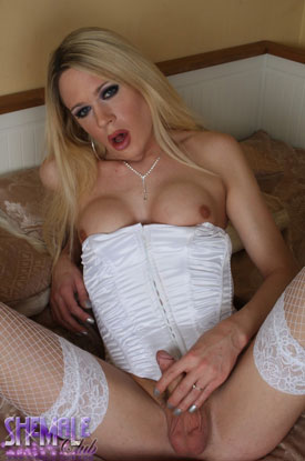 t karla cox shemale club 04 British Tgirl Karla Cox Lookin Lovely In White On Shemale Club!