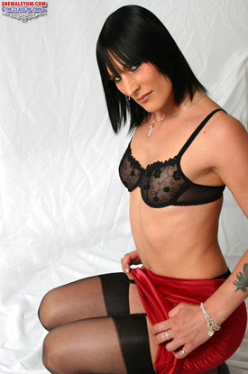 t jennifer english 03 British Tgirl Jennifer English On Shemale Yum!