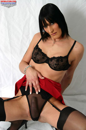 t jennifer english 04 British Tgirl Jennifer English On Shemale Yum!