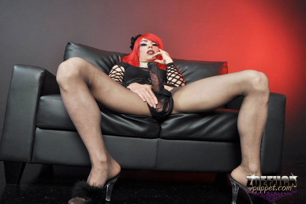 Zoe Fuck Puppet - Red Hair!