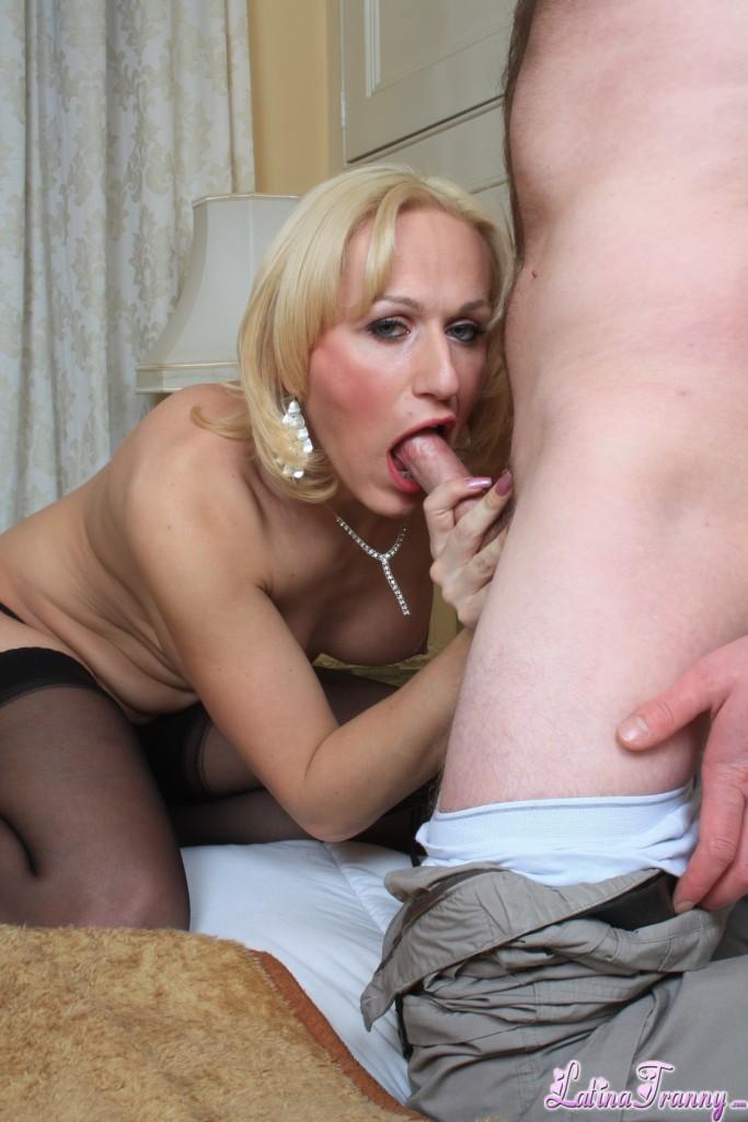 Gif nude couple tits