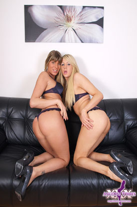 t karla angelina torres 02 British Tgirl Karla Cox Gets Cozy With Angelina Torres!