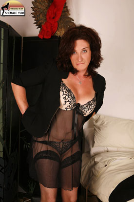British Tgirl Celine on Shemale Yum!