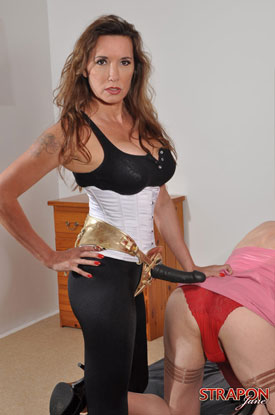 British Tgirls presents Strap-On Jane!