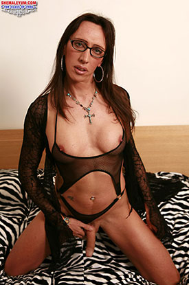t british tgirls pamela 02 British Tgirl Pamela In Black Lingerie On Shemale Yum!
