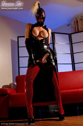 t joanna jet latex 01 Head To Toe Latex With Sexy British Tgirl Joanna Jet!