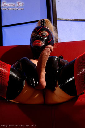 t joanna jet latex 02 Head To Toe Latex With Sexy British Tgirl Joanna Jet!