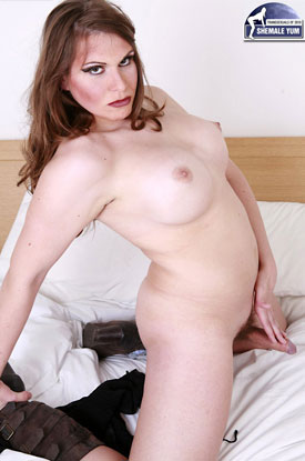 British Tgirls Blog presents TS Samantha!