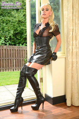 t british tgirl joanna jet 01 British Tgirl Joanna Jet Hard In Leather!