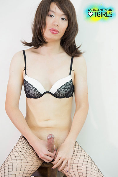 British Tgirls Blog presents TS Naomi!