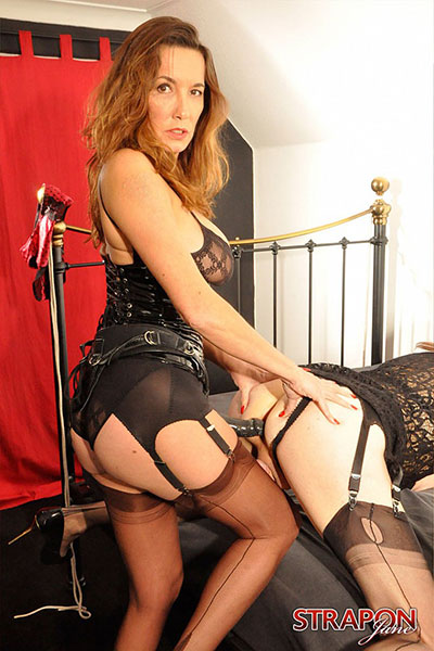 British Tgirls Blog presents Strap-On Jane!